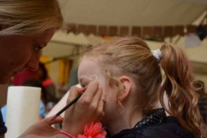 family fair tijdens dorpsfeest